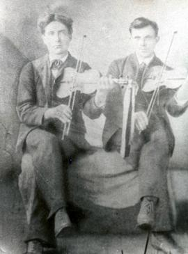 Dougald MacIntyre and Joe Smith (Fiddlers)