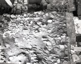 Balk 11 and 12, Flat rock and rubble (flagstone type)